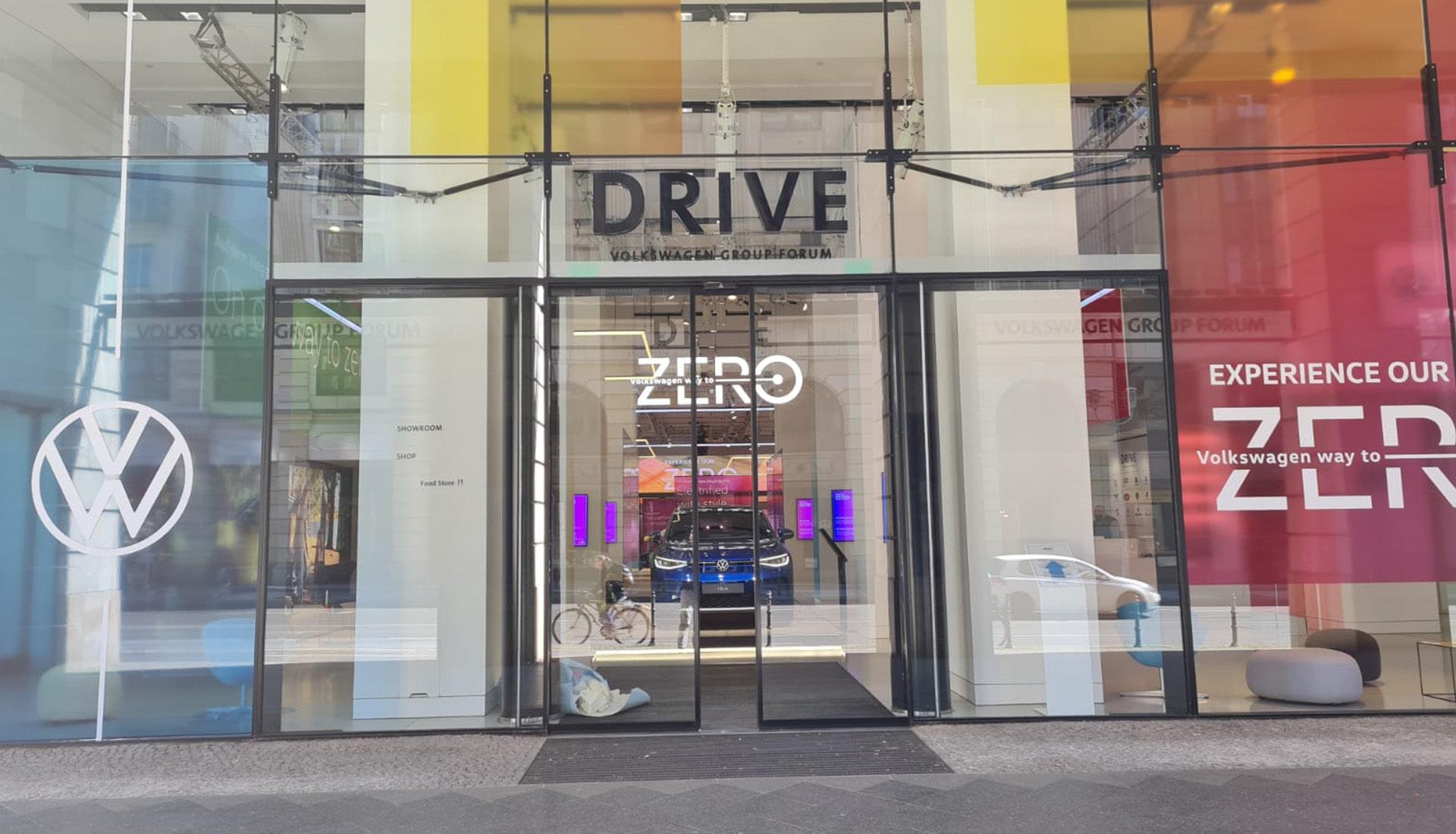 Showroom VW Way to Zero | Showroom Bau | Maedebach Braunschweig |